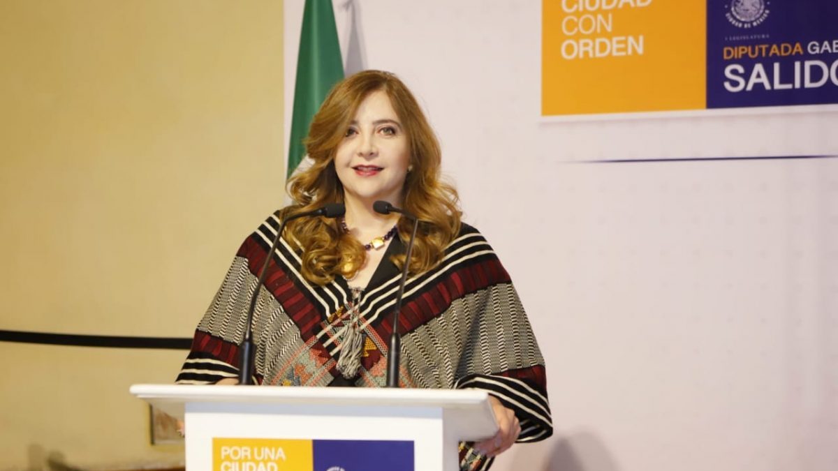 La Dip. Gabriela Salido rinde su primer informe de actividades legislativas